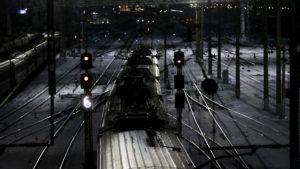 Подросток погиб под колесами поезда в Подмосковье
