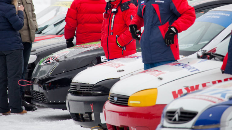 Женский экипаж из Королева 8 МАРТА примет участие в автомобильных гонках